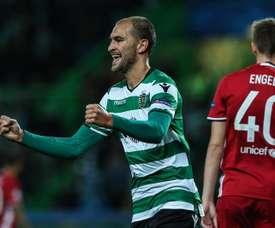 El Sporting de Lisboa se aferró a Dost. EFE