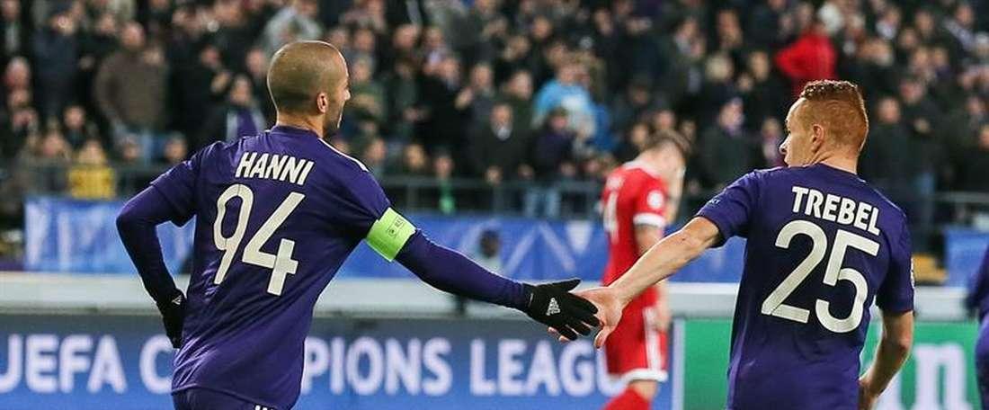 El Anderlecht le ha dado un disgusto al Standard. EFE/Archivo