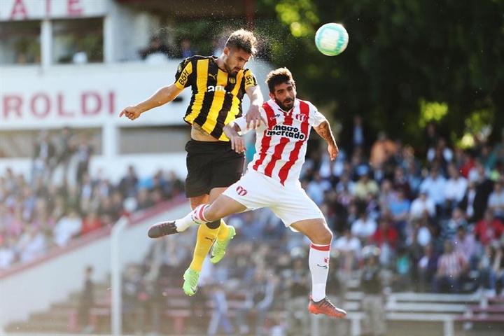La Mutual pide aplazar lo que resta de jornada por Williams Martínez. EFE