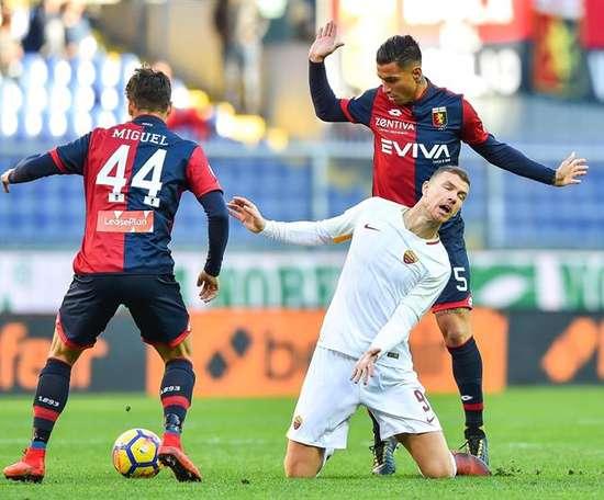 Roma não conseguiu bater o Genoa. AFP