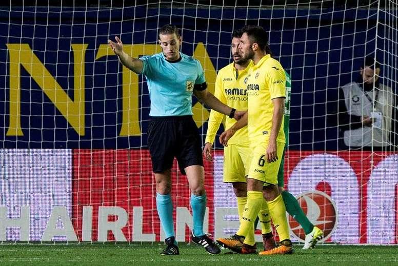 Jaume Costa y Víctor Ruiz no estarán ante el Leganés. EFE