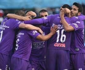 Defensor Sporting se llevó el partido. EFE