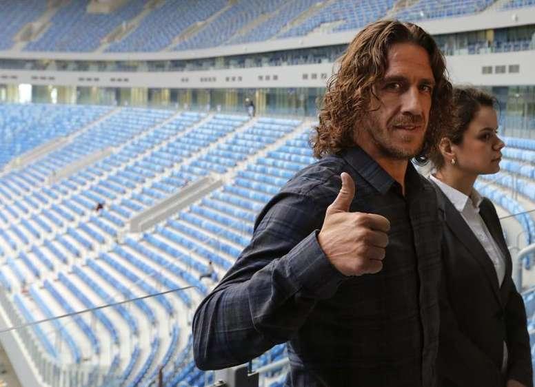 Carles Puyol se despidió también de Valverde. EFE/Archivo