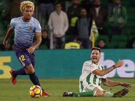 Douglas Luiz jugará de nuevo en el Girona. EFE/Jose Manuel Vidal