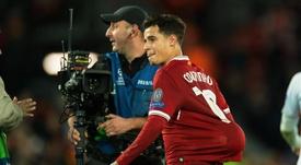Palo a Coutinho desde el propio Liverpool. EFE