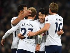El Tottenham volvió a ganar con doblete de Kane. EFE/EPA