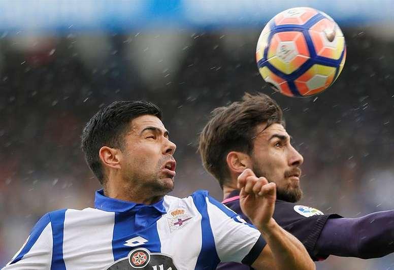 El jugador del Dépor analizó el partido ante el Valencia. EFE/Archivo