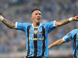 El delantero rescindió su contrato con Argentinos Juniors. EFE/Archivo