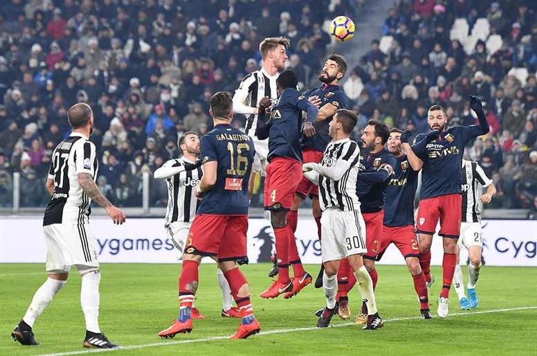 Ferrara no se fía de Rugani y Cáceres. EFE