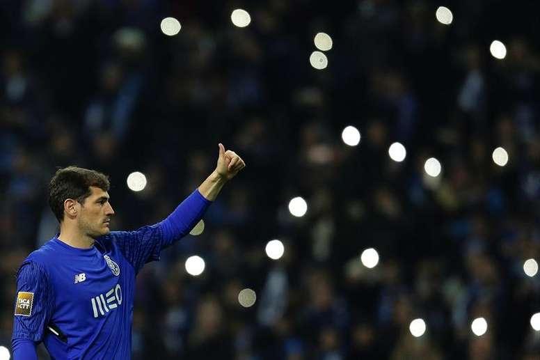 Iker devrait défendre les cages de Porto. EFE