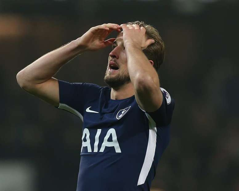 42e1d799fc2 Pin Kane couldn't find the winner as Spurs drew 1-1 with Southampton.