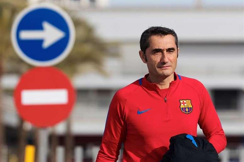 Valverde se afastou dos rumores sobre Coutinho. EFE