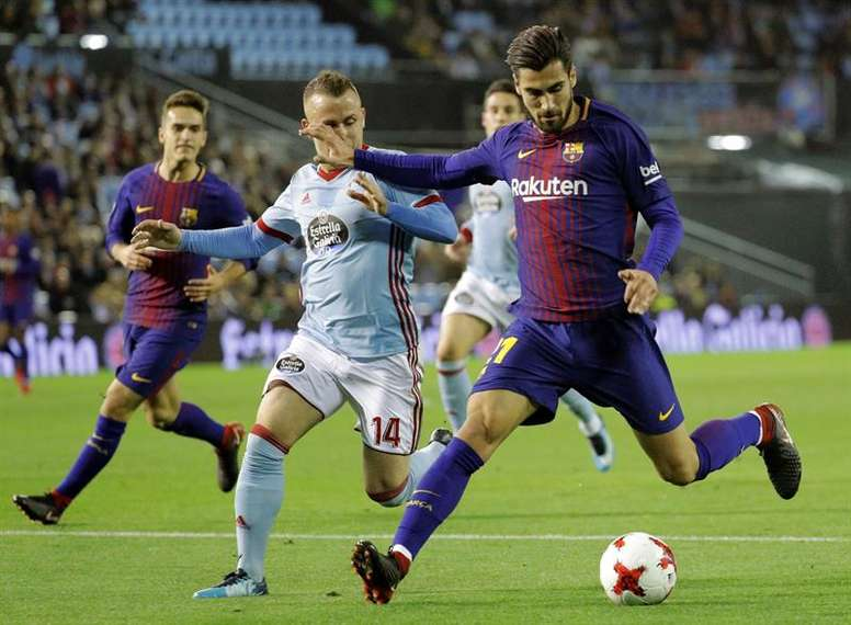 Barca face Celta as they look to continue their fine form. EFE