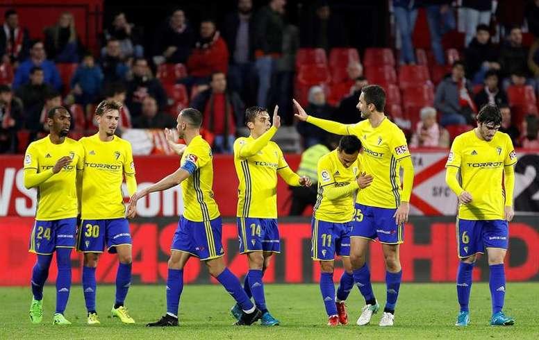 Álvaro García, con el dorsal 11, gusta al Nápoles. EFE