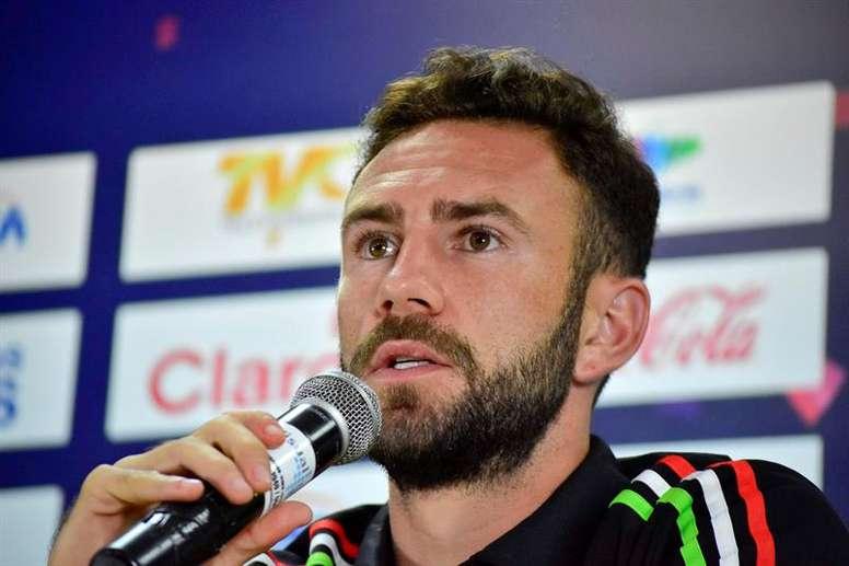 Los mexicanos no tienen minutos en Oporto y Benfica. EFE/Archivo