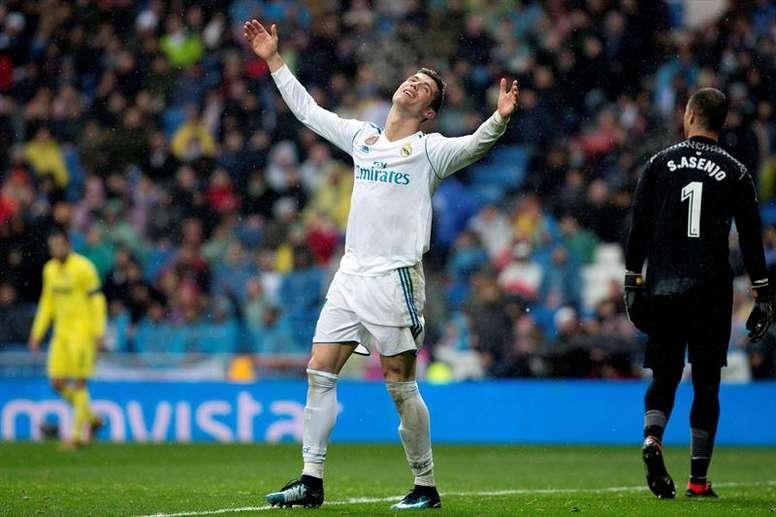 Los blancos sumaron una nueva derrota en el Bernabéu. EFE