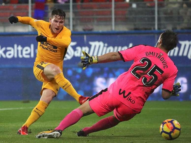 Gameiro anotó el único gol del partido. EFE