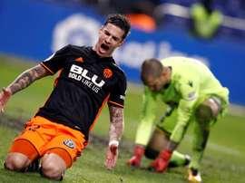 Rubén Martínez esteve bem infeliz nesta partida, mas em especial no 1º gol sofrido. EFE