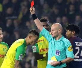 Chapron dirigió su último partido en aquel Nantes-PSG. EFE
