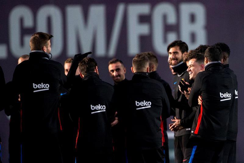 Le Barça passe et Coutinho fait ses débuts — Coupe d'Espagne