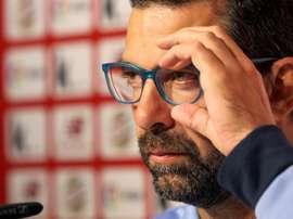 El entrenador alegó motivos personales. EFE/Archivo