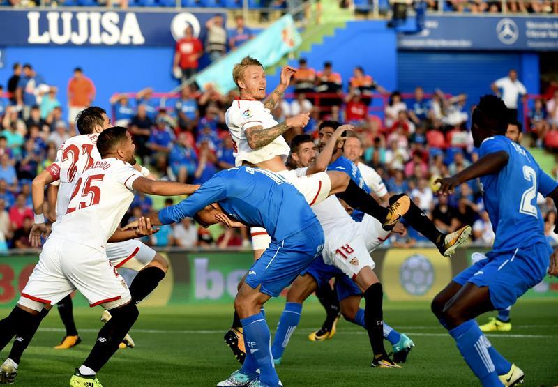 Banega le dio el triunfo a Sevilla