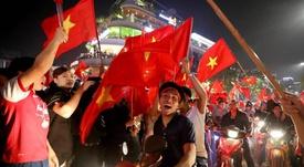 La afición vietnamita se echó a la calle. EFE