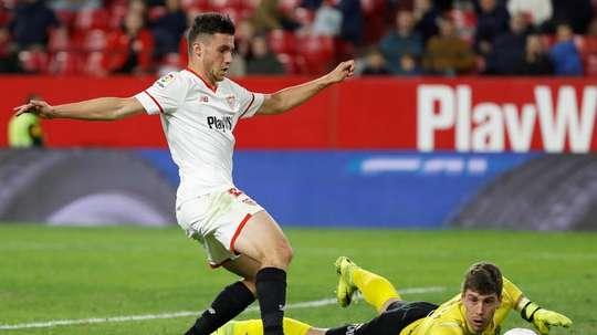Benfica voudrait s'attacher les services de Corchia. EFE