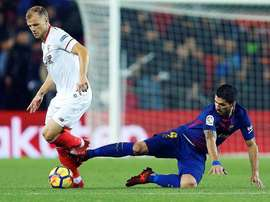 Sevilla's Simon Kjaer is well aware of the need to be brave in Catalonia. EFE