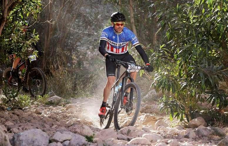 Luis Enrique participa en la BTT Costa Blanca Bike Race. EFE