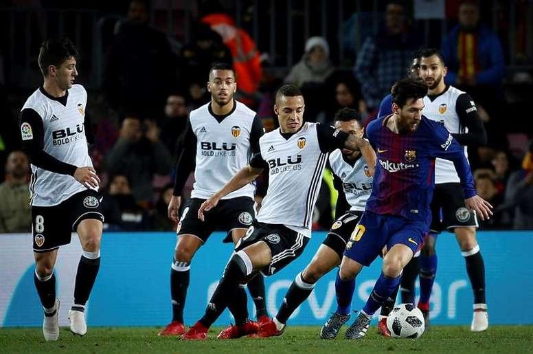 Rodrigo e Coquelin ficam de fora contra o Atlético. EFE