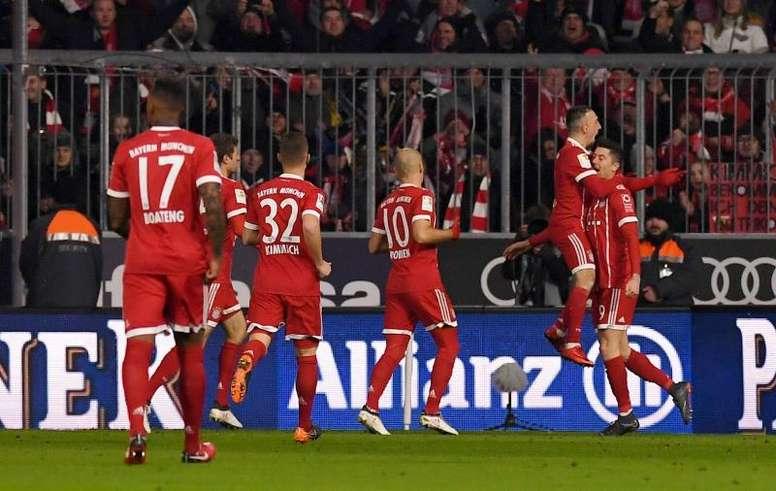 El Bayern no perdonó y el título está a la vuelta de la esquina. EFE