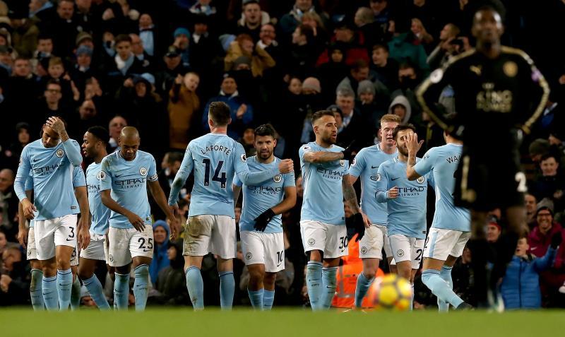 El City apabulla a Basilea en Liga Campeones