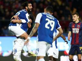 Sérgio Oliveira foi felicitado pelo FC Porto pela conquista do título grego. EFE