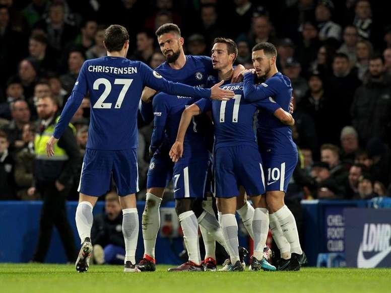 Hazard volvió a brillar y le dio el triunfo al Chelsea. AFP