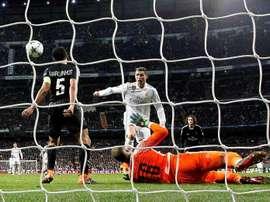 Ronaldo é um dos presentes no onze da UEFA. EFE/Juanjo Mart