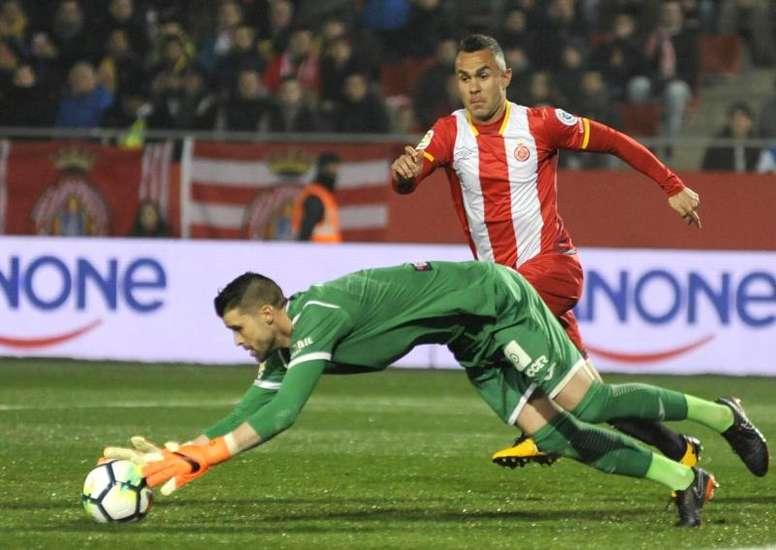 El centrocampista se ejercitó con el grupo. EFE
