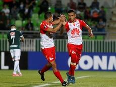 Wanderers buscará sorprender en la Libertadores a Santa Fe. EFE