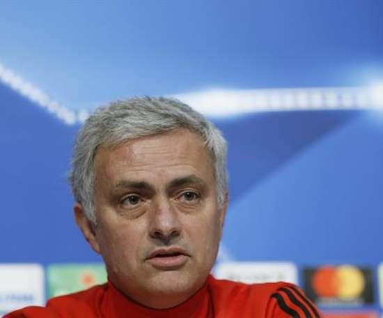 Mourinho acredita no potencial do jovem goleiro Joel Pereira. EFE