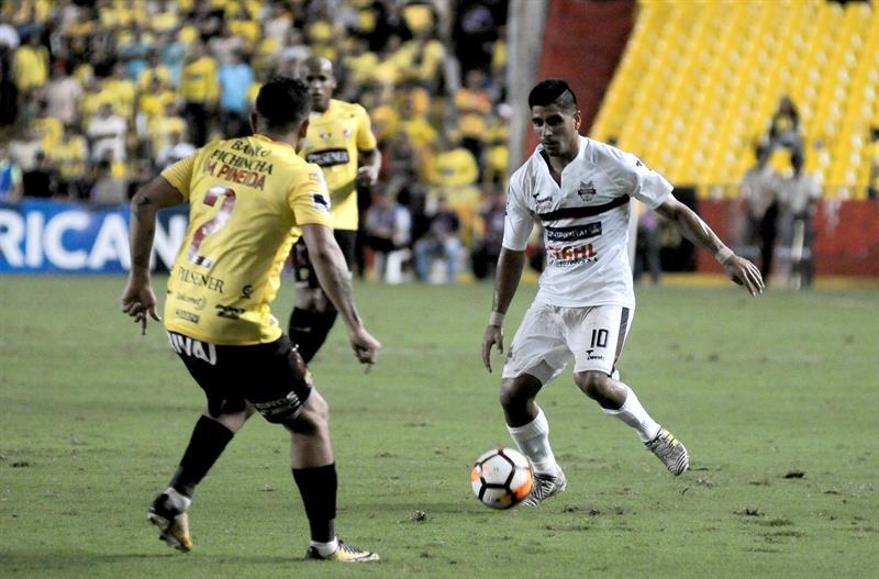 El 'Chiqui' Arce destaca rapidez de Barcelona en duelo por Sudamericana