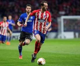 En el United siguen soñando con Godín. EFE