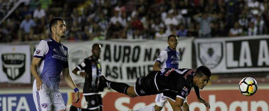 Independiente Chorrera cedió los tres puntos ante Tauro. EFE/Archivo