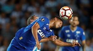 Henrique, do Cruzeiro, permanecerá internado em observação após acidente. EFE