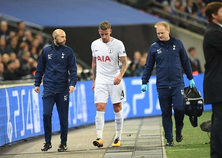 Alderweireld has had it tough in recent months. EFE/Archivo