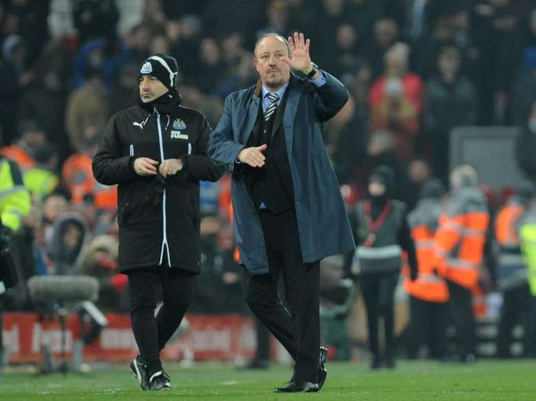Benitez will take his squad to Spain for warm-weather training. EFE
