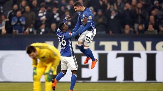 El Schalke 04 saca pecho tras adelantar al Borussia. EFE