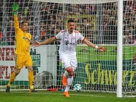 El Bayern no sufrió para imponerse al Freiburg con claridad. EFE