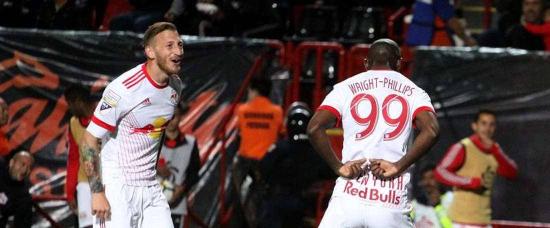 Bradley Wright -Phillips do New York Red Bulls marcou o terceiro da goleada. EFE