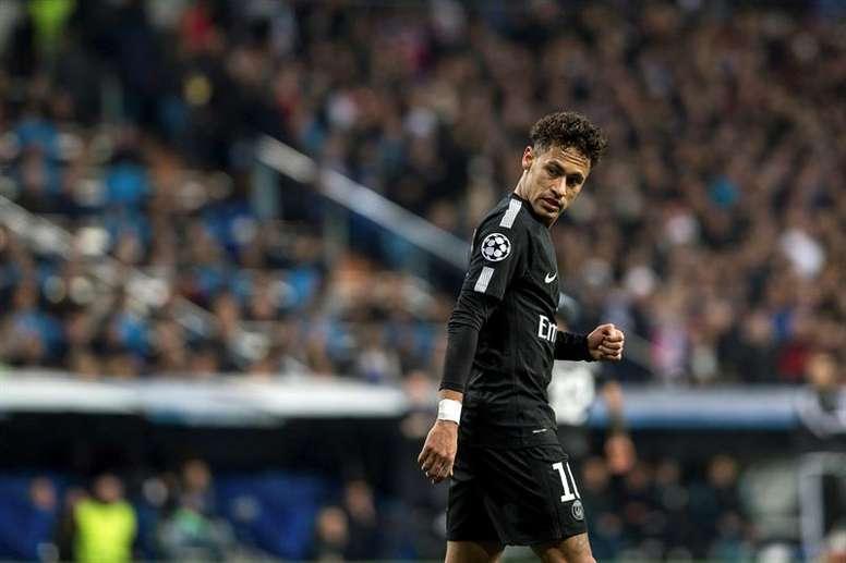Neymar voudrait-il quitter Paris pour de bon ? EFE