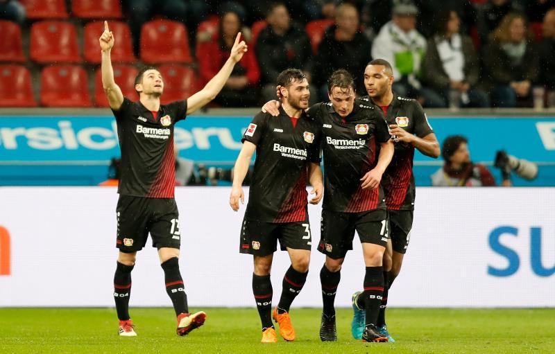 Lucas Alario anotó y asistió en la victoria de Bayer Leverkusen — Bundesliga